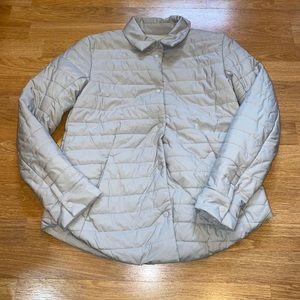 Lululemon size 2 women puffer jacket
